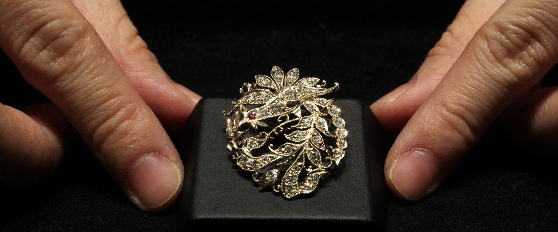 Peranakan Coiled Phoenix Pendant-Brooch
